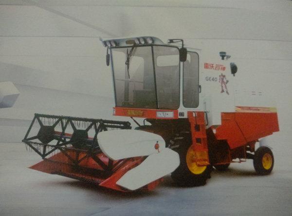 福田雷沃GE40(4LZ-4E1)轮式谷物联合收割机