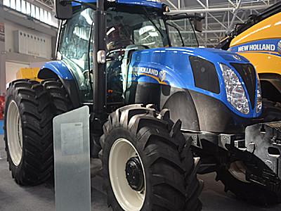 紐荷蘭T1654拖拉機