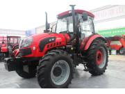 1404轮式拖拉机