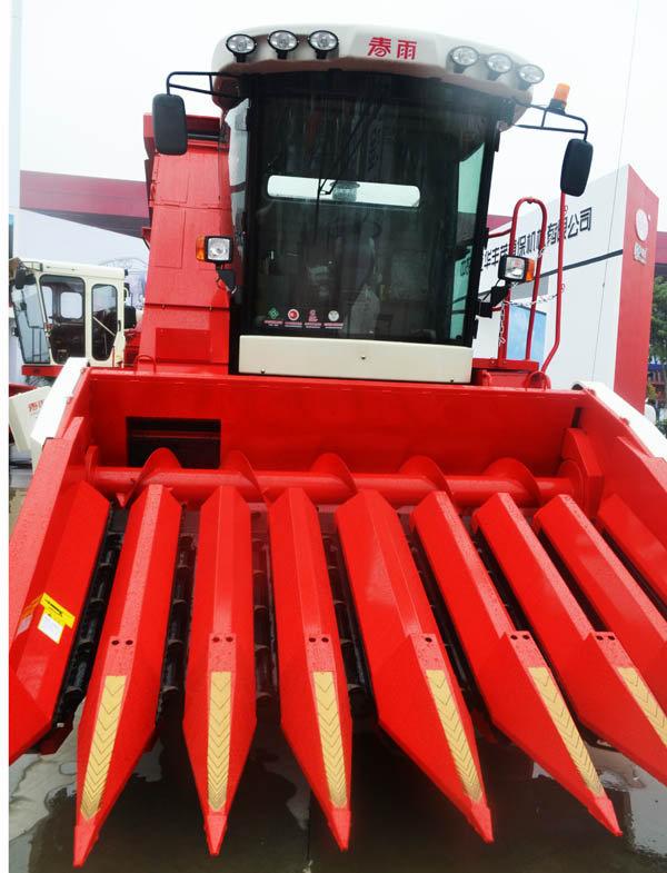 春雨4YZ-4(八行割台)自走式玉米收获机
