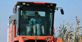 久保田4YZB-3(PR01408Y)玉米收获机驾驶室