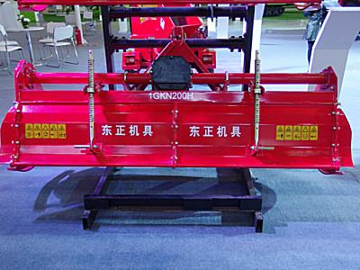 东风1GKN-150H四速重型旋耕机