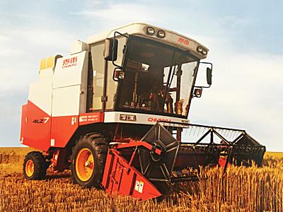 春雨4LZ-7自走式谷物聯合收割機