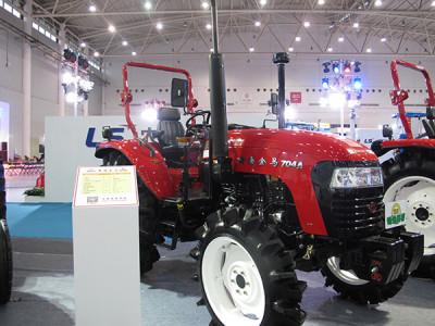 黃海金馬704A/704A-1輪式拖拉機