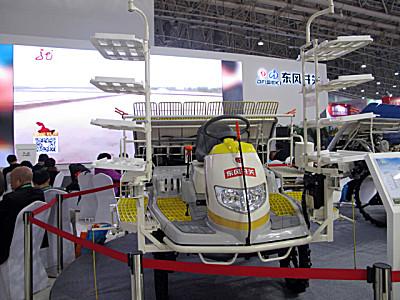 東風井關羿農ENZ60-D高速乘坐式水稻插秧機