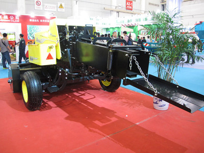 蒙力9YFJ-2.2型秸秆方草压捆机