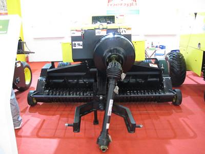 蒙力9YFD-2.2型方草捆压捆机