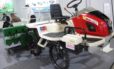 富来威2ZG-6DK乘坐式插秧机