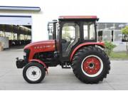 900-1轮式拖拉机