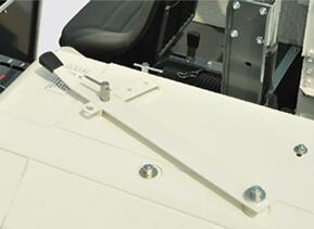 久保田4LZ-2.5(PRO688Q)全喂入履帶收割機可調式導流板