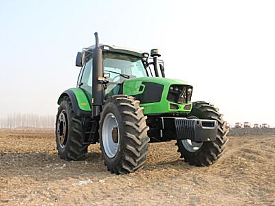 道依茨-法尔DF1704轮式拖拉机