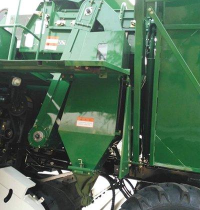 五征4YZP-4玉米收获机