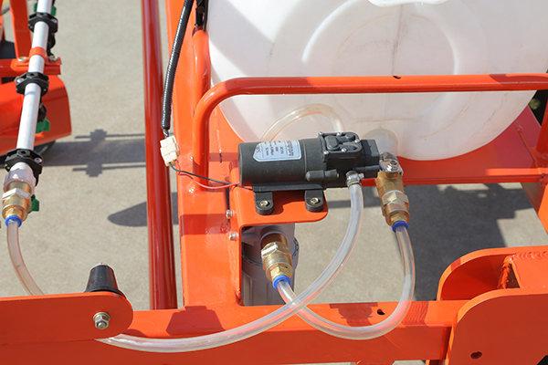 五征2MW-1喷药覆膜机喷药系统