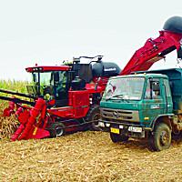 凱斯8000甘蔗收獲機