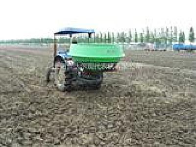 世达尔2FS-1200撒肥机