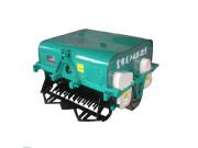 4UX-2F双振动筛式马铃薯挖掘机