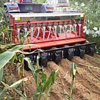 河東雄風200-7-14小麥免耕施肥溝播機