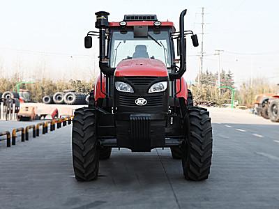 凯特manbetx万博体育KAT1504轮式拖拉机