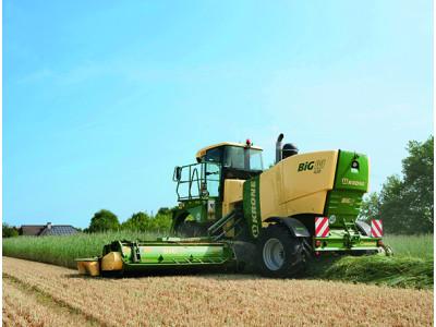 科罗尼BIGM420 CRI重型自走式割草机