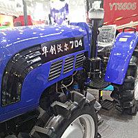 华创沃尔704轮式拖拉机