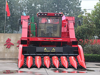 天人4YZ-7(TR9988-7A)型自走式玉米联合收获机