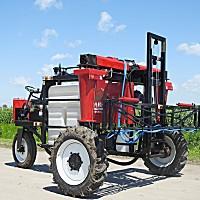 立興植保3WPZ-600自走式噴桿噴霧機