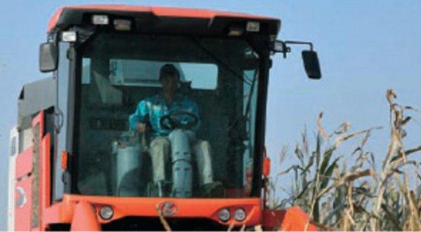 久保田4YZB-4(PRO1408Y-4)玉米收获机驾驶室