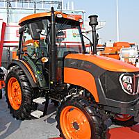 巨明JM804拖拉機