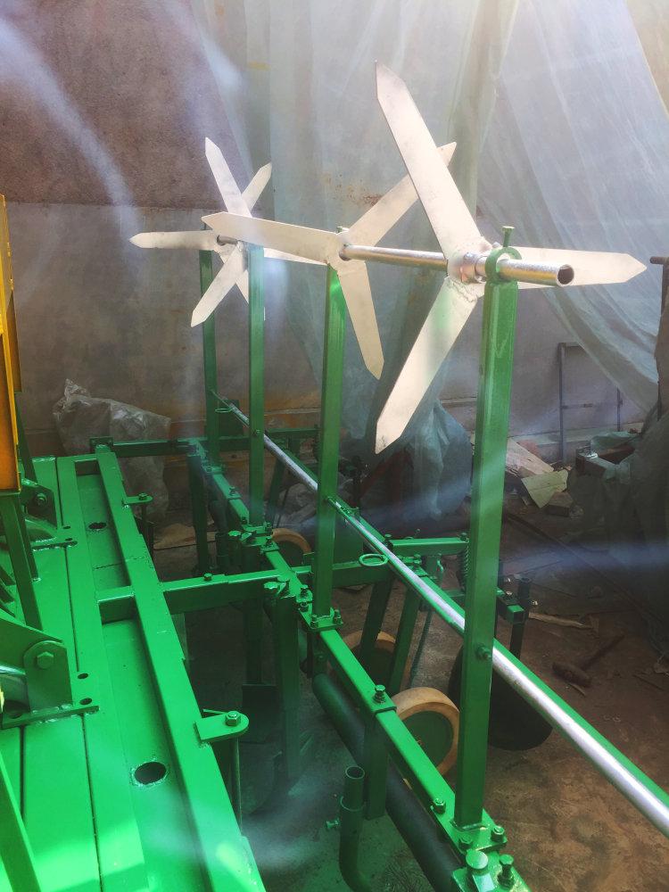 成帆1GVF-240型起垄施肥覆膜一体机