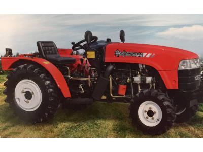 鲁中504A型轮式拖拉机