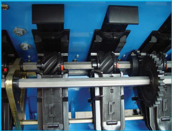 德國雷肯(LEMKEN)薩菲爾Saphir 7機械式精量播種機電動驅動排種輪