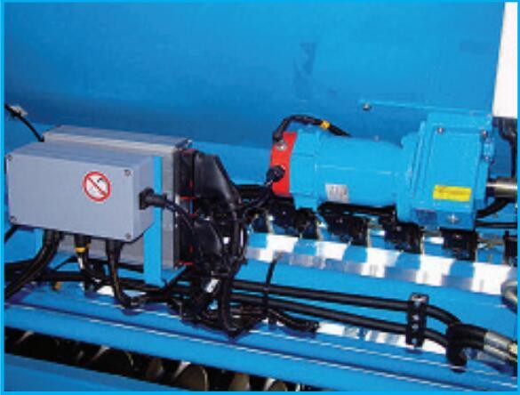 德國雷肯(LEMKEN)薩菲爾Saphir 7機械式精量播種機電機驅動的播種軸