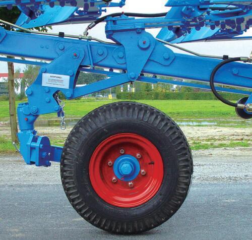 德國雷肯(LEMKEN)歐派EurOpal 9懸掛式翻轉犁輪胎