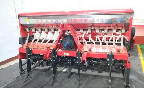圣和2BFSG-14(14)(200)深松旋耕施肥撒播機