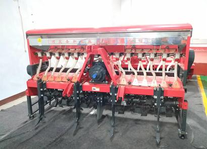 圣和2BFSG-14(14)(200)深松旋耕施肥撒播机