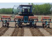 大博3ZF-6中耕施肥机