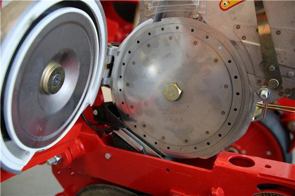 高强度铝箱式气吸式排种器
