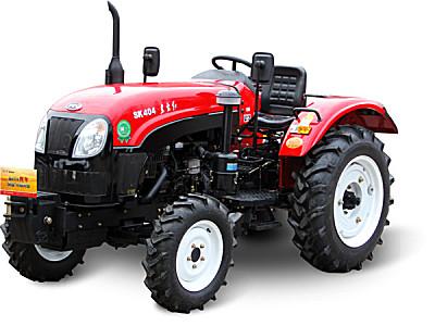 东方红SK304型轮式拖拉机