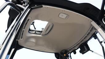 雷沃歐豹M704-B拖拉機細節