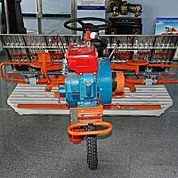 延吉春苗2Z-8A2乘坐式水稻插秧机
