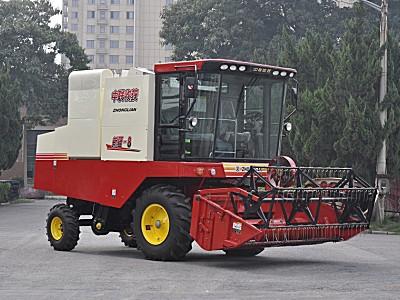 中聯收獲新疆4LZ-8B全喂入谷物聯合收割機
