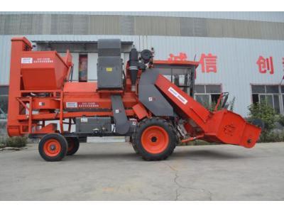 杨家将4HZ-2500型自走式捡拾收获机