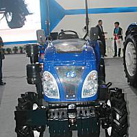 上海牌SH804-B2輪式拖拉機