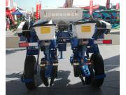 山东金达威2BMF-2施肥播种机