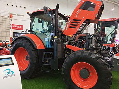 久保田M7151拖拉机