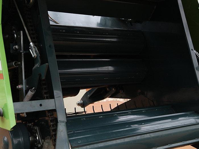 上海世达尔9JYD-50(MRB0850)捡拾压捆机