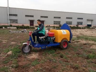 果哈哈G7型自走式果园喷雾机