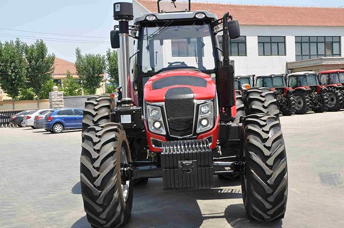 鲁拖2104轮式拖拉机