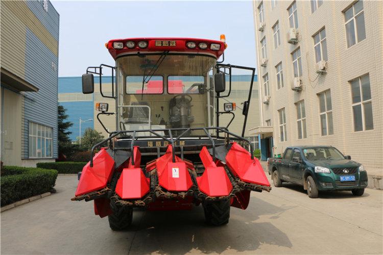 洛阳福格森4YZ-4R自走式玉米收割机