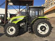 X1404轮式拖拉机